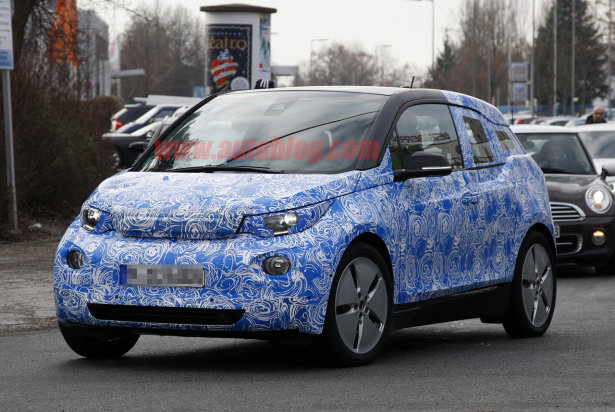 2013 BMW i3 REx front view