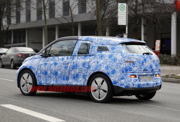 2013 BMW i3 REx Back view